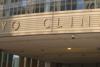 Mayo Clinic, Alphabet's Verily partner to build clinical decision support tools